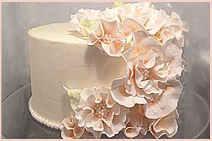 Peach Ruffle Cake & Cupcakes